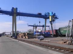 elevated path, container yard, heavy weight pad