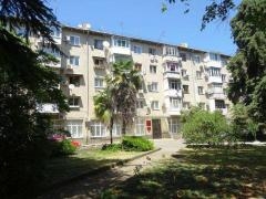 We sell our 3-room apartment. apartment in Sochi by the sea